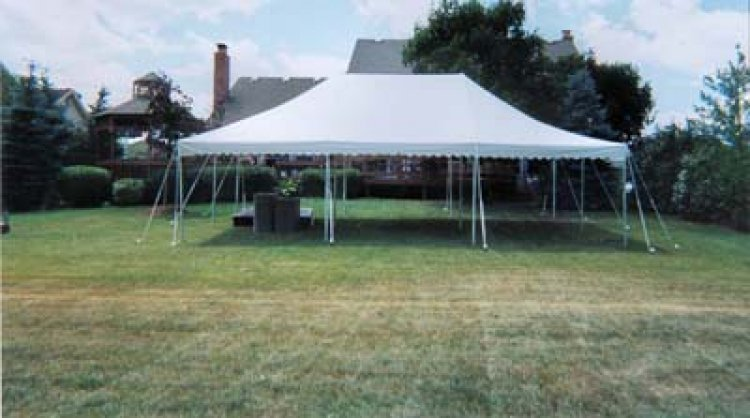 20'x30' White Pole Tent (64 people)