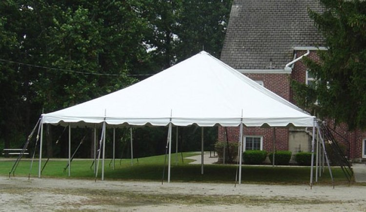 30x30 Pole Tent  (96 people)