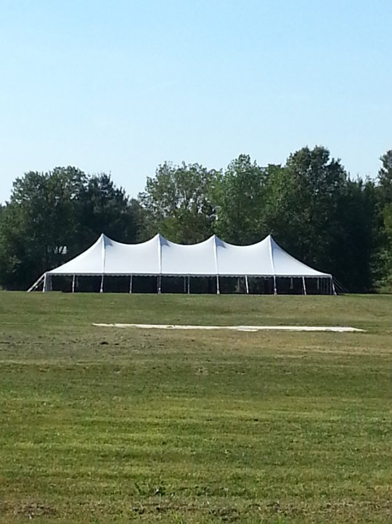 40x140 Pole Tent  (608 people)