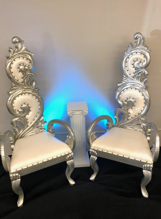 Medium Silver Thrones Chairs