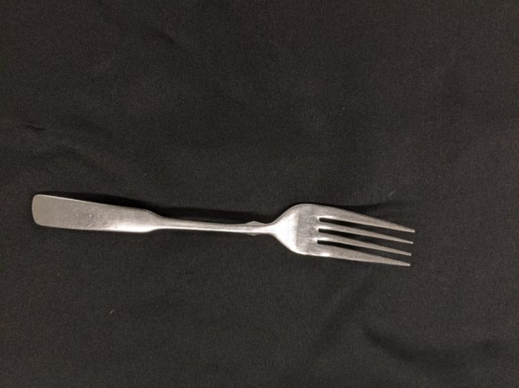DINNER FORK DIAMOND